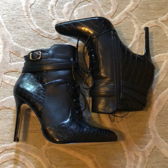 aa781ff7945 NWT🌷ALTUZARRA FOR TARGET🌷Blk moc croc ankle boot NWT